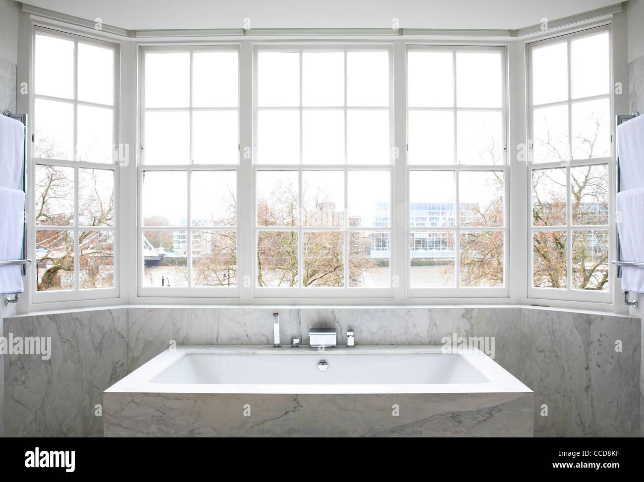 Private house, Stiff + Trevillion Architects Ltd, London, UK, 2010, Master bath - Stock Image