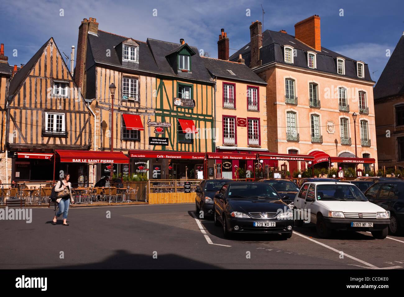 Restaurants and Bistros in Place saint Pierre in Le Mans, Sarthe, Pays de la Loire, France. - Stock Image