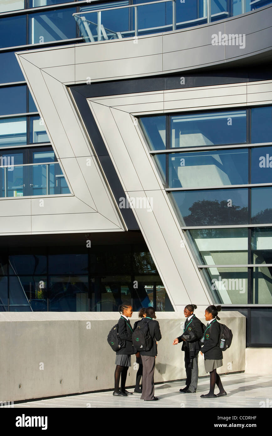 EVELYN GRACE ACADEMY, ZAHA HADID ARCHITECTS, LONDON, 2010, EXTERIOR SHOWING ANGULAR FACADE DETAIL Stock Photo