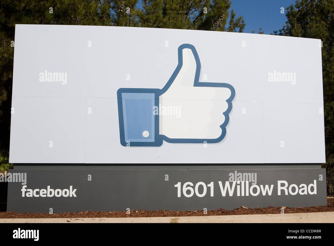 Facebook Sign 1601 Willow Road Stock Photos & Facebook Sign 1601