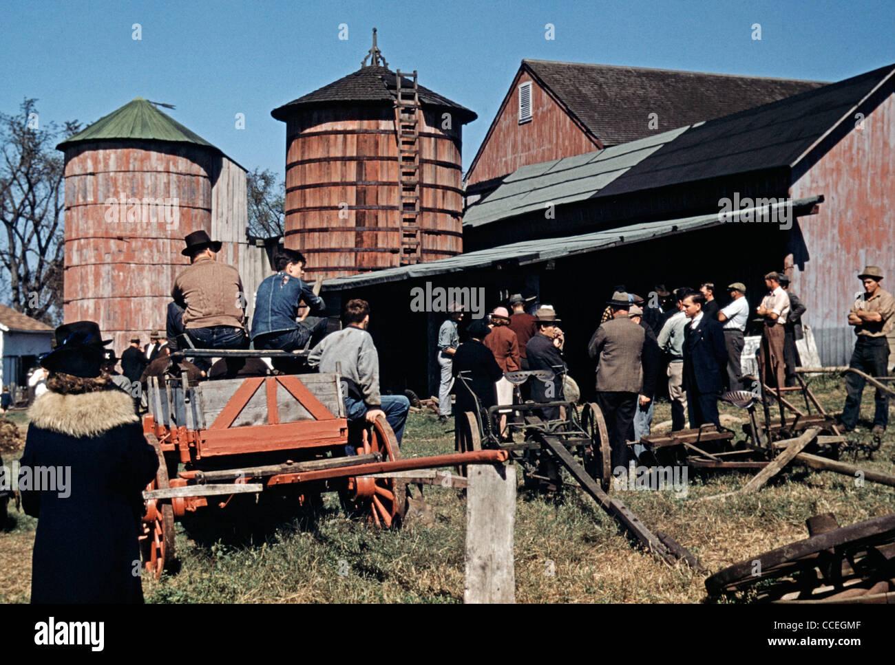 Farm auction, Derby, Connecticut, 1940 - Stock Image