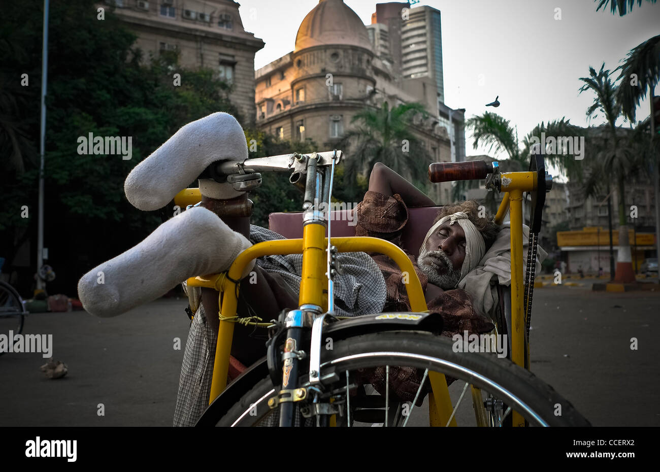 Untouchable and disabled Bombay., Truck accident. - Stock Image