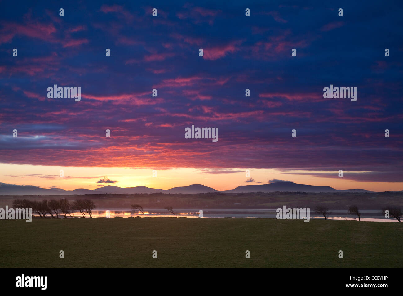 Sunset over the River Moy and Nephin Beg Mountains, County Sligo, Ireland. - Stock Image