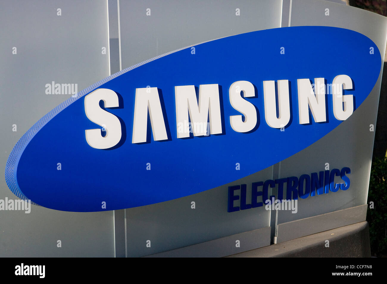 samsung electronics stock photos samsung electronics stock images alamy. Black Bedroom Furniture Sets. Home Design Ideas