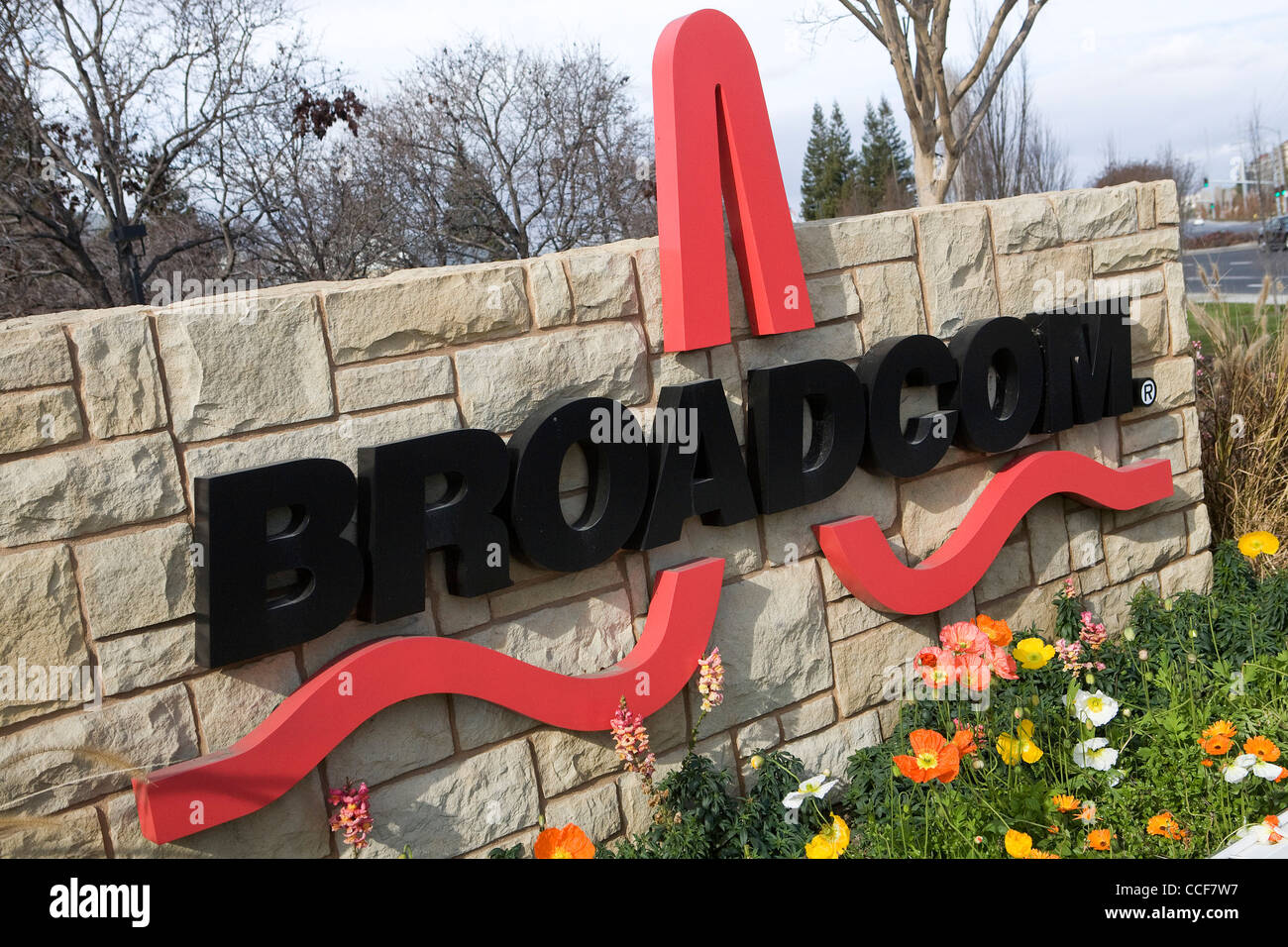 An office building occupied by Broadcom Stock Photo: 42132083 - Alamy
