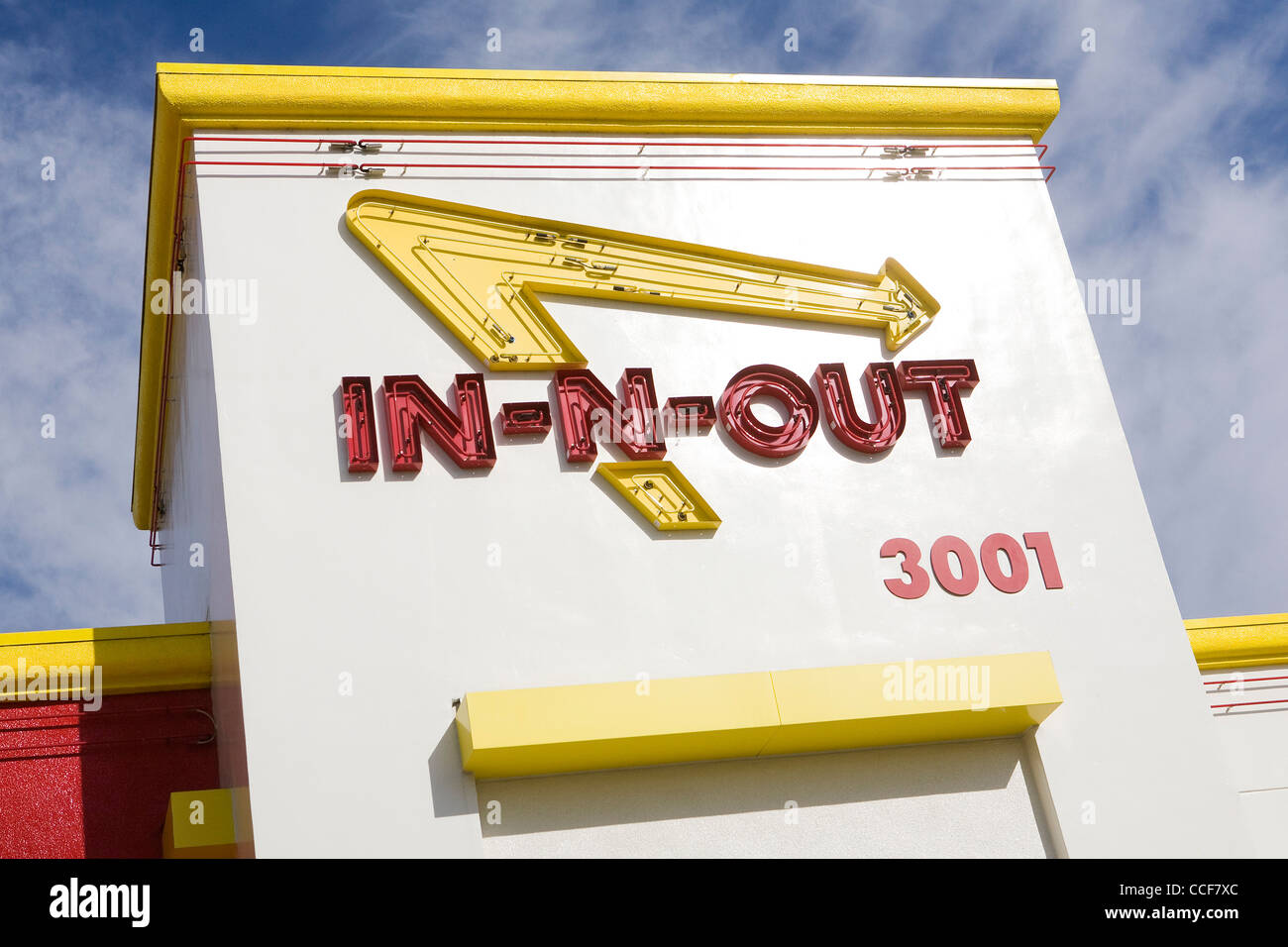 In N Out Burger Logo Stock Photos & In N Out Burger Logo Stock ...