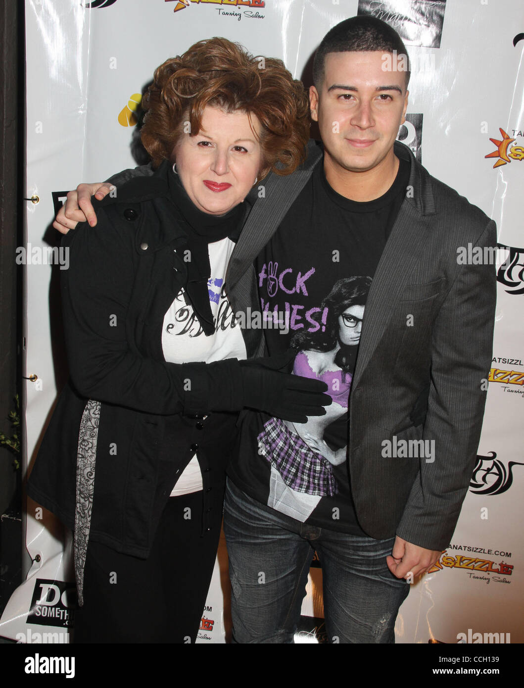 44366dd61ef3 Vinny Guadagnino And His Mother Stock Photos   Vinny Guadagnino And ...