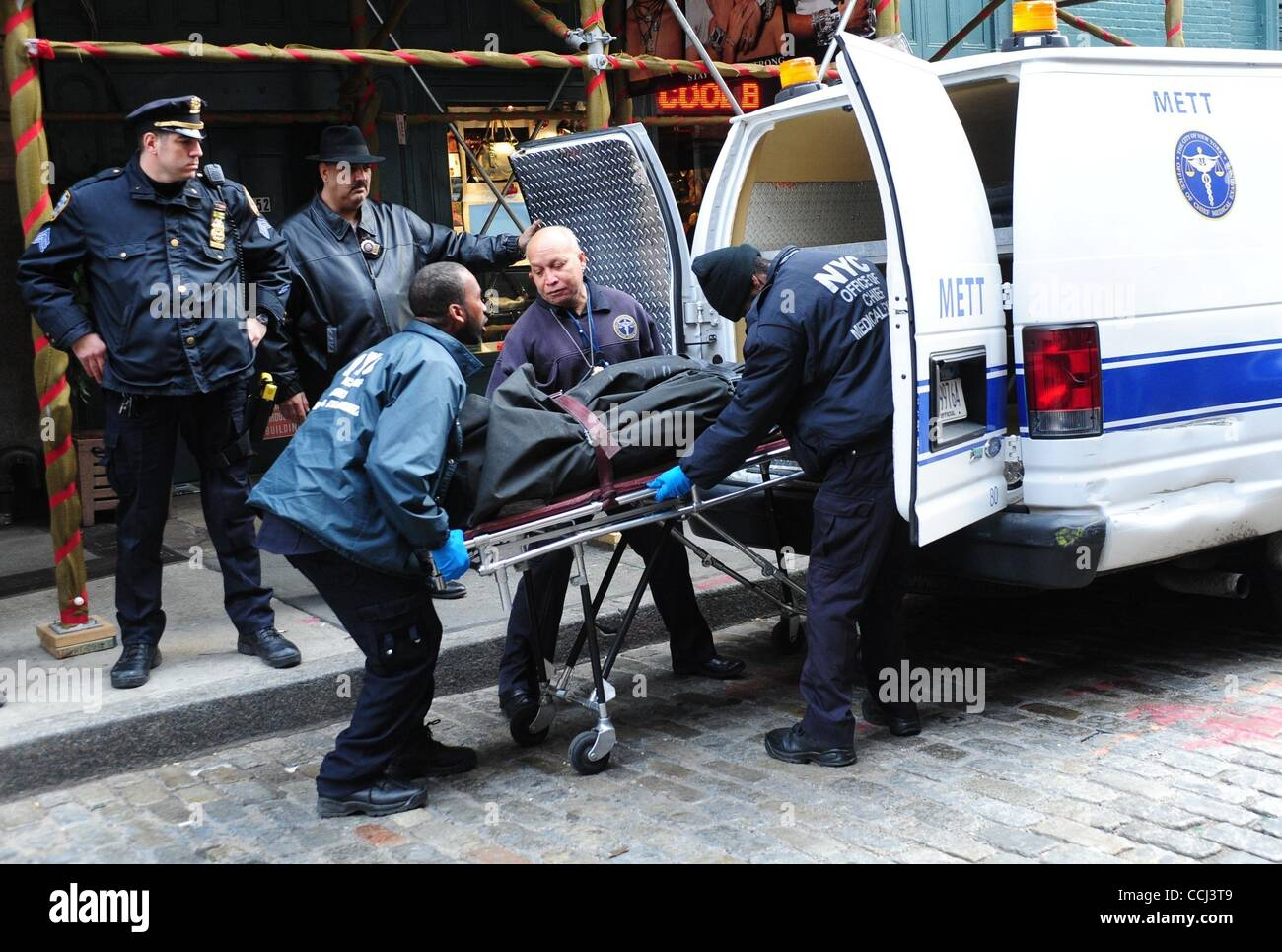Dec. 11, 2010 - New York, New York, U.S. - NYPD, New Yopr Police Department, Crime Scene Unit arrives at the apartment - Stock Image