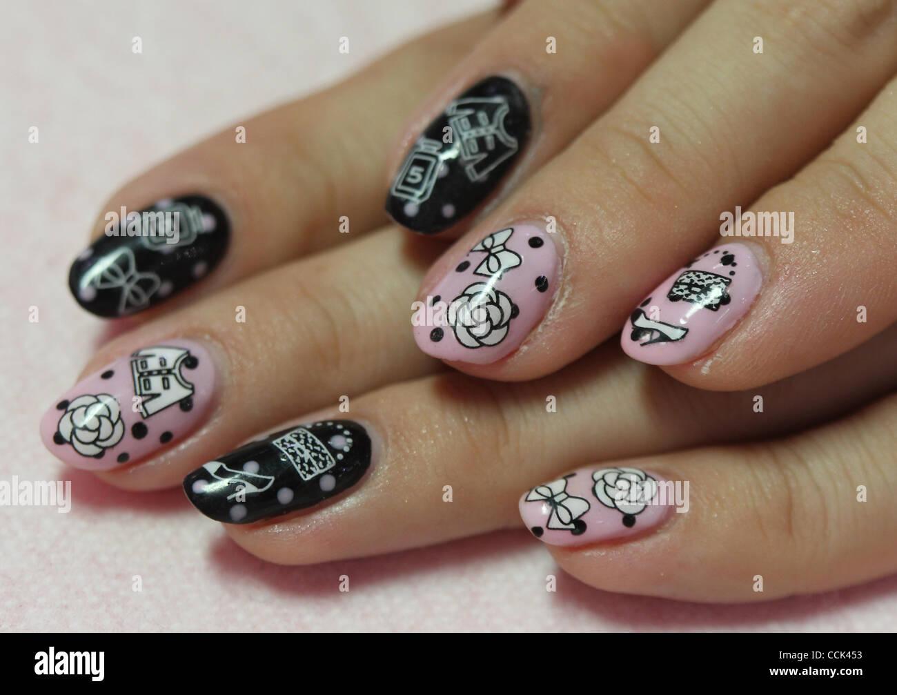 Nov. 29, 2010 - Tokyo, Japan - Nail artist shows her nails during ...