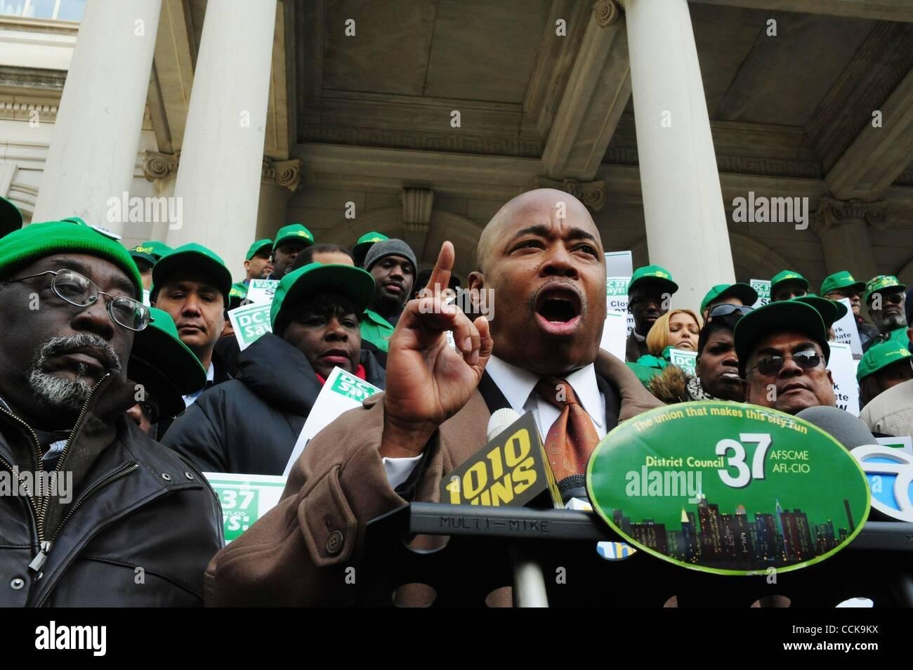 Dec. 3, 2010 - Manhattan, New York, U.S. - New York State Senate Racing & Wagering Chair ERIC ADAMS speaks as union Stock Photo