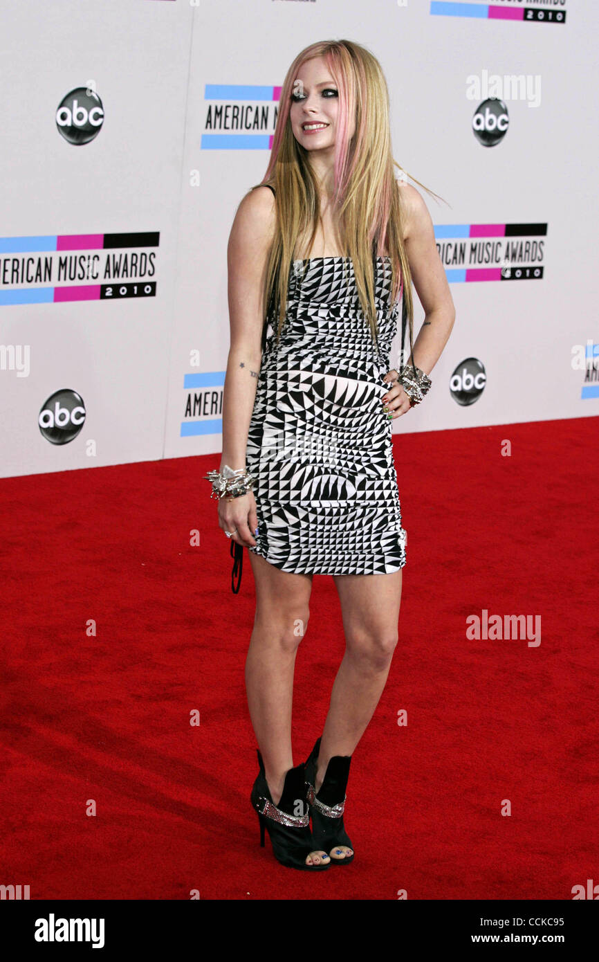 Avril Lavigne Red Carpet