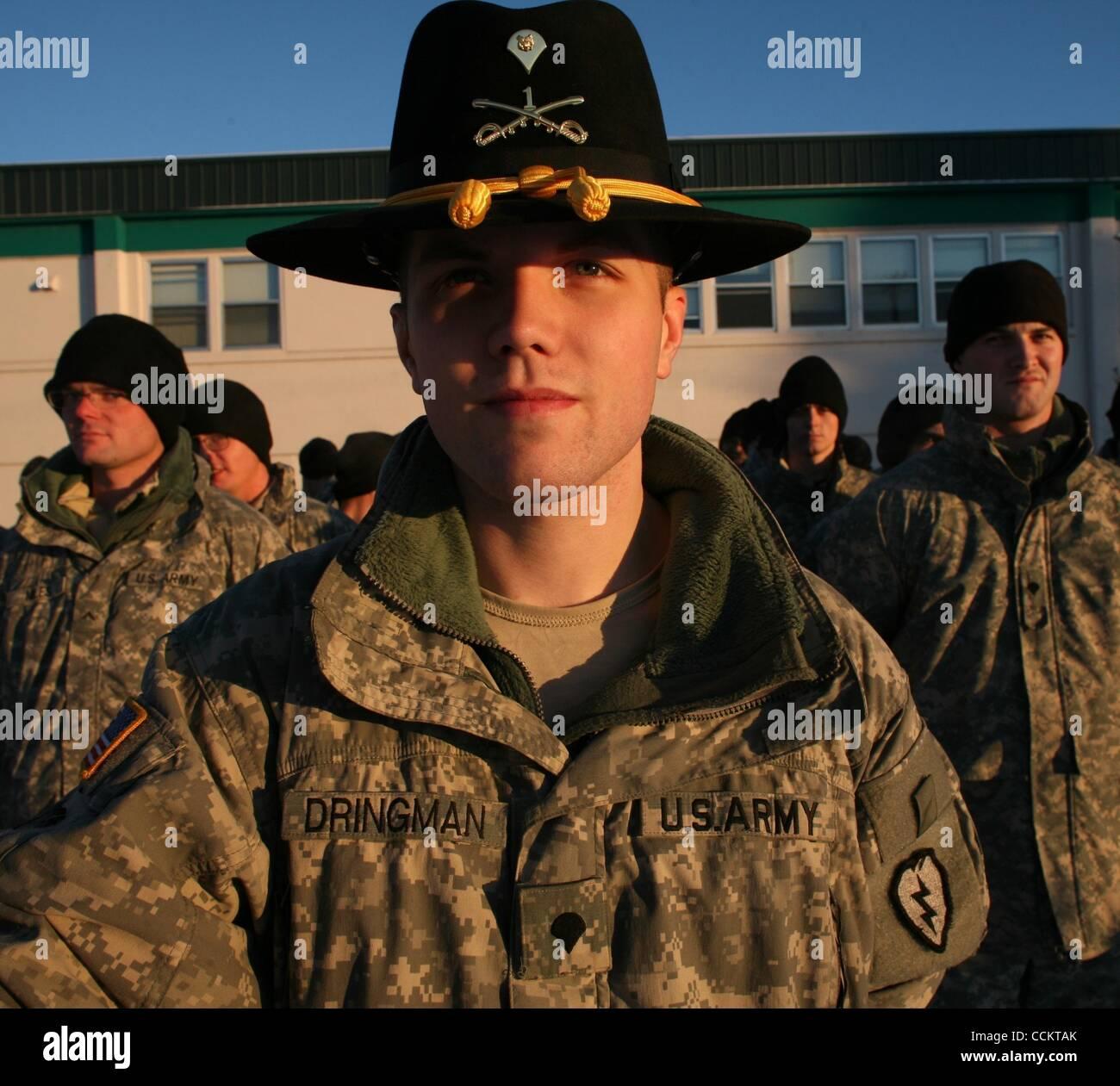 21b2193202243 ... U.S. - Specialist TRAVIS DRINGMAN