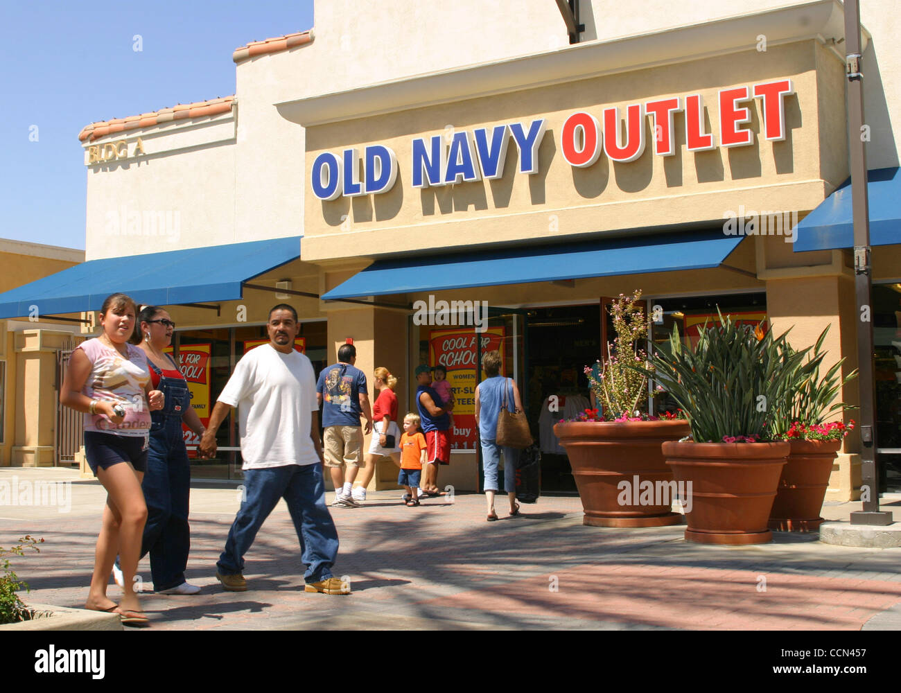 Latino American Owned Clothing Stores