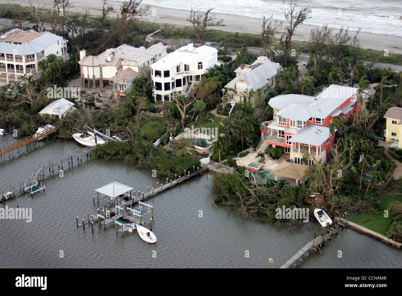 081404 Captiva Island...Homes on Captiva Island after category 4 hurricane Charley passed through. Staff photo by Stock Photo