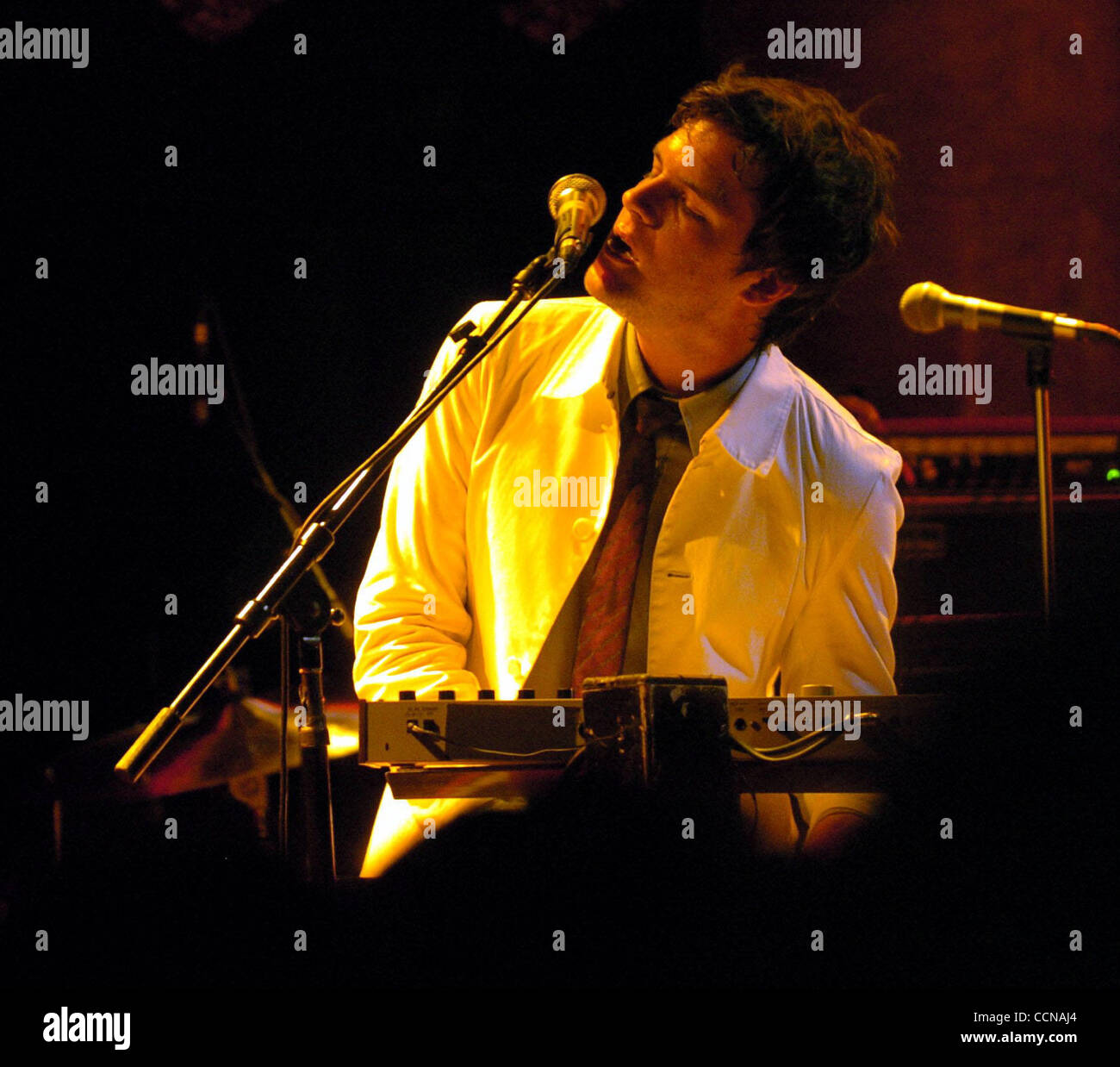 Mark stoermer stock photos mark stoermer stock images alamy The killers madison square garden