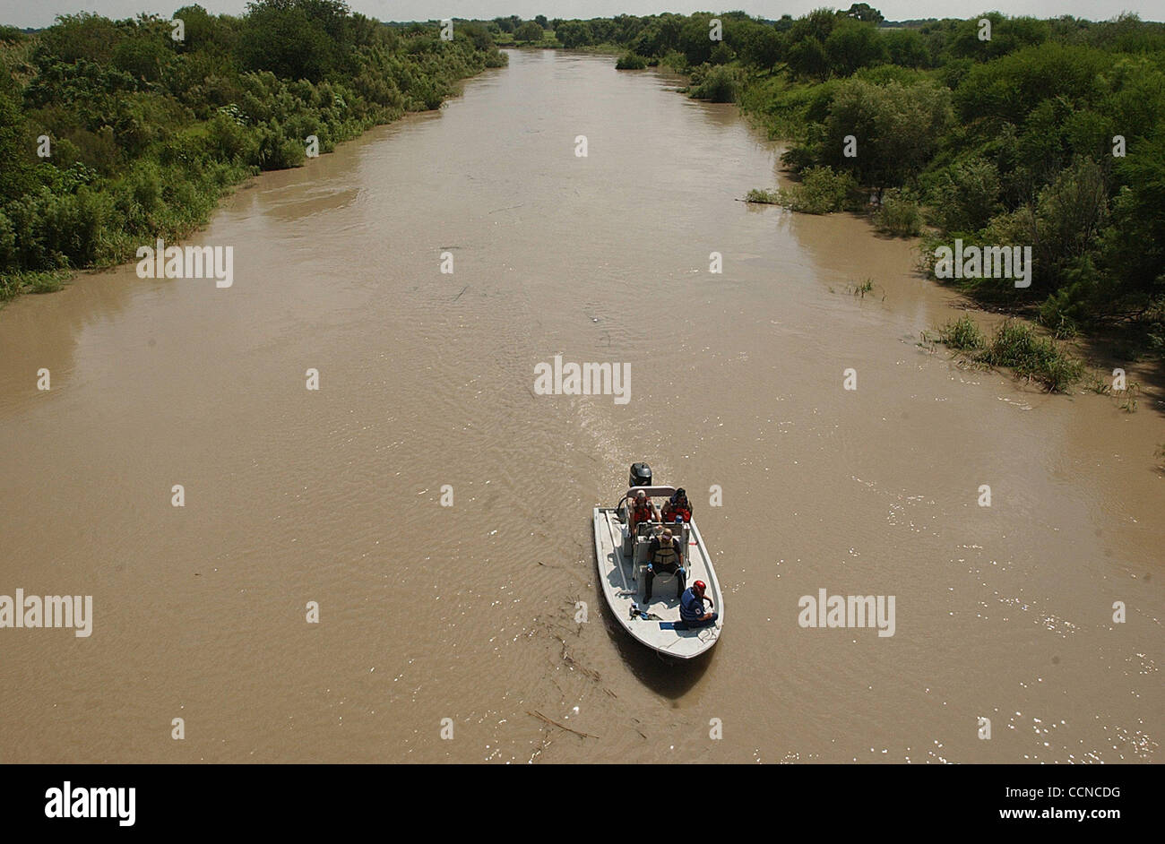 STATE/DAILY/ MISSING BORDER APTROL AGENTS: Weslaco Fire Dept,Border Patrol,Coast Guard search for 2 missing US Border - Stock Image