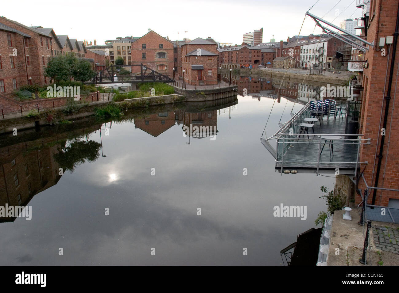 Oct 05, 2004; Leeds, UK; Leeds Docklands is under renovation with new bars and restaurants moving in. Poor economy - Stock Image