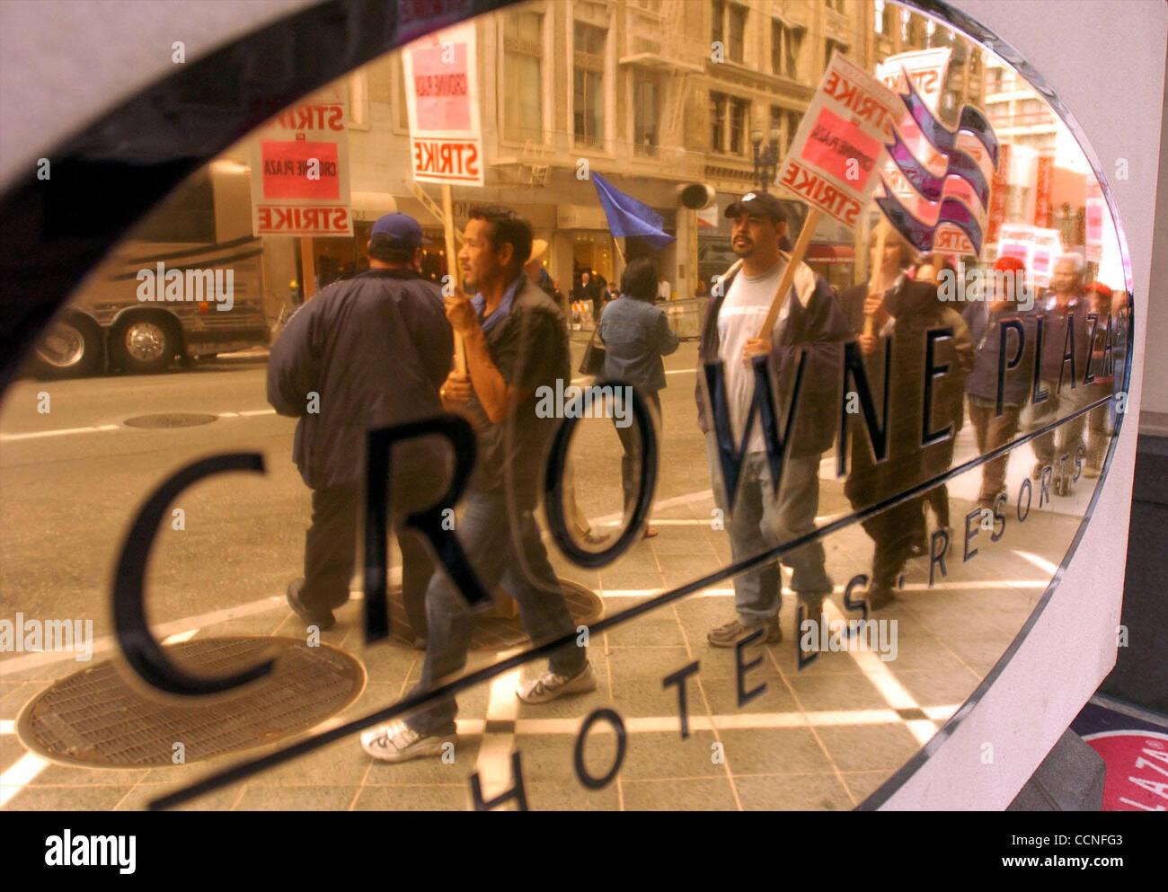 Hotel Workers Strike Stock Photos & Hotel Workers Strike Stock ...