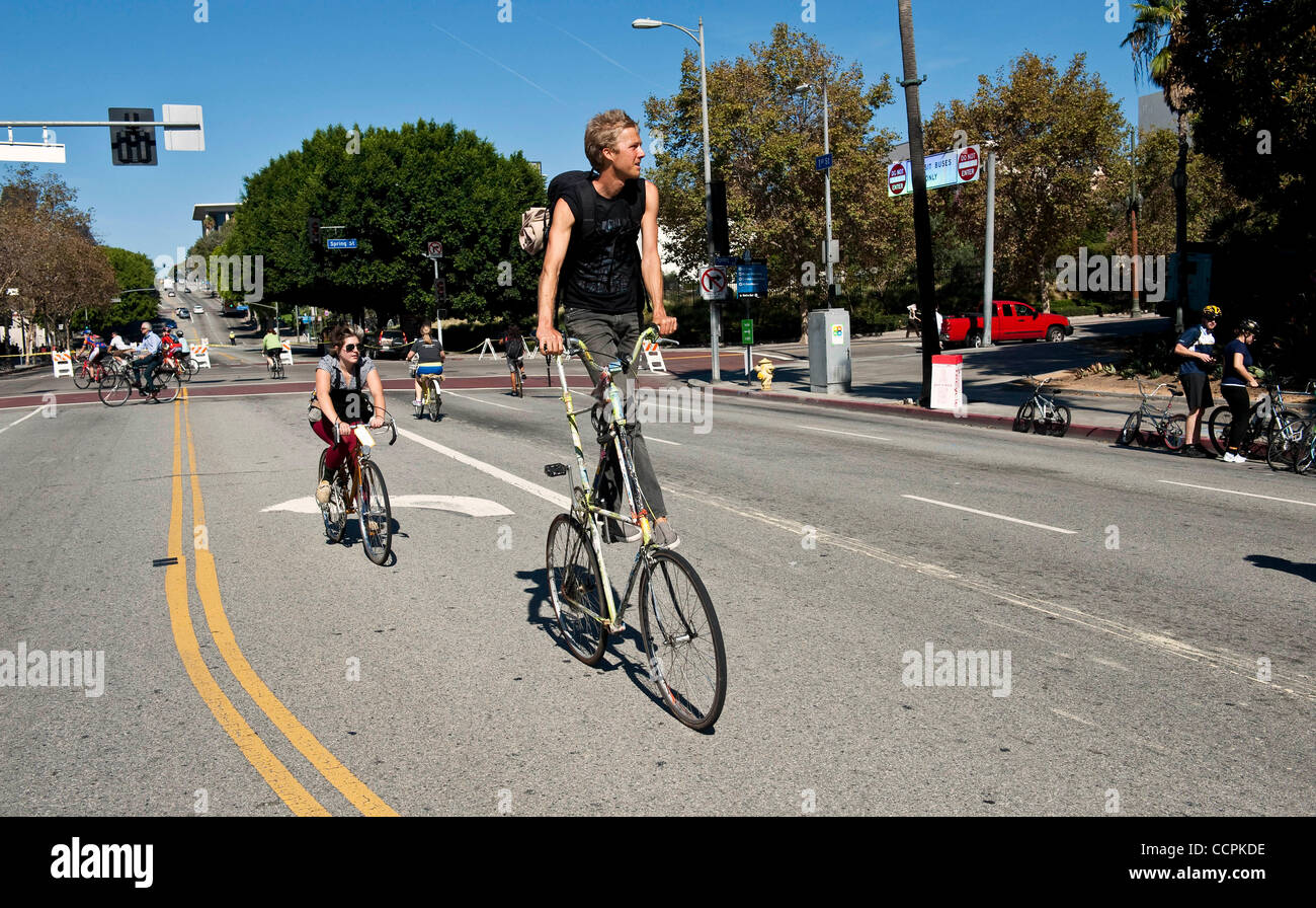 Oct. 10, 2010 - Los Angeles, CA, USA -  CicLAvia, a temporary 'open-street' celebration.  Seven miles of - Stock Image