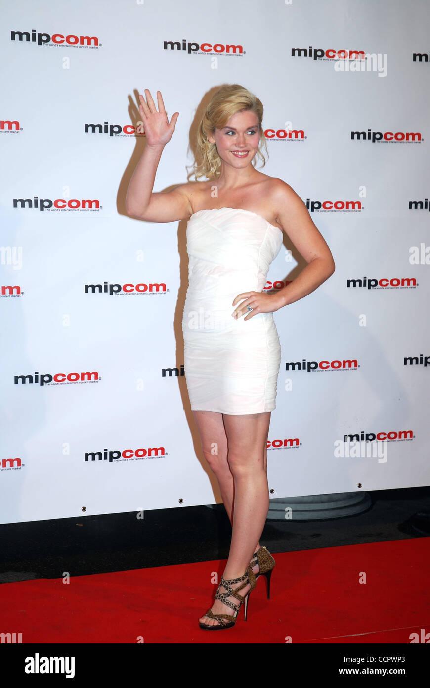 Emily Rose (actress)