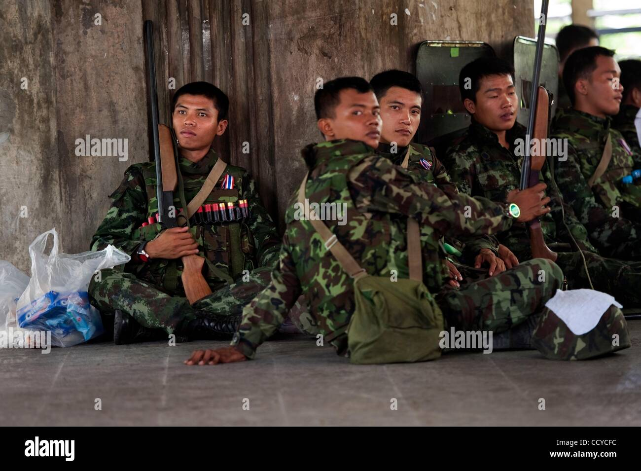 Royal Thai Army Soldiers Stock Photos & Royal Thai Army