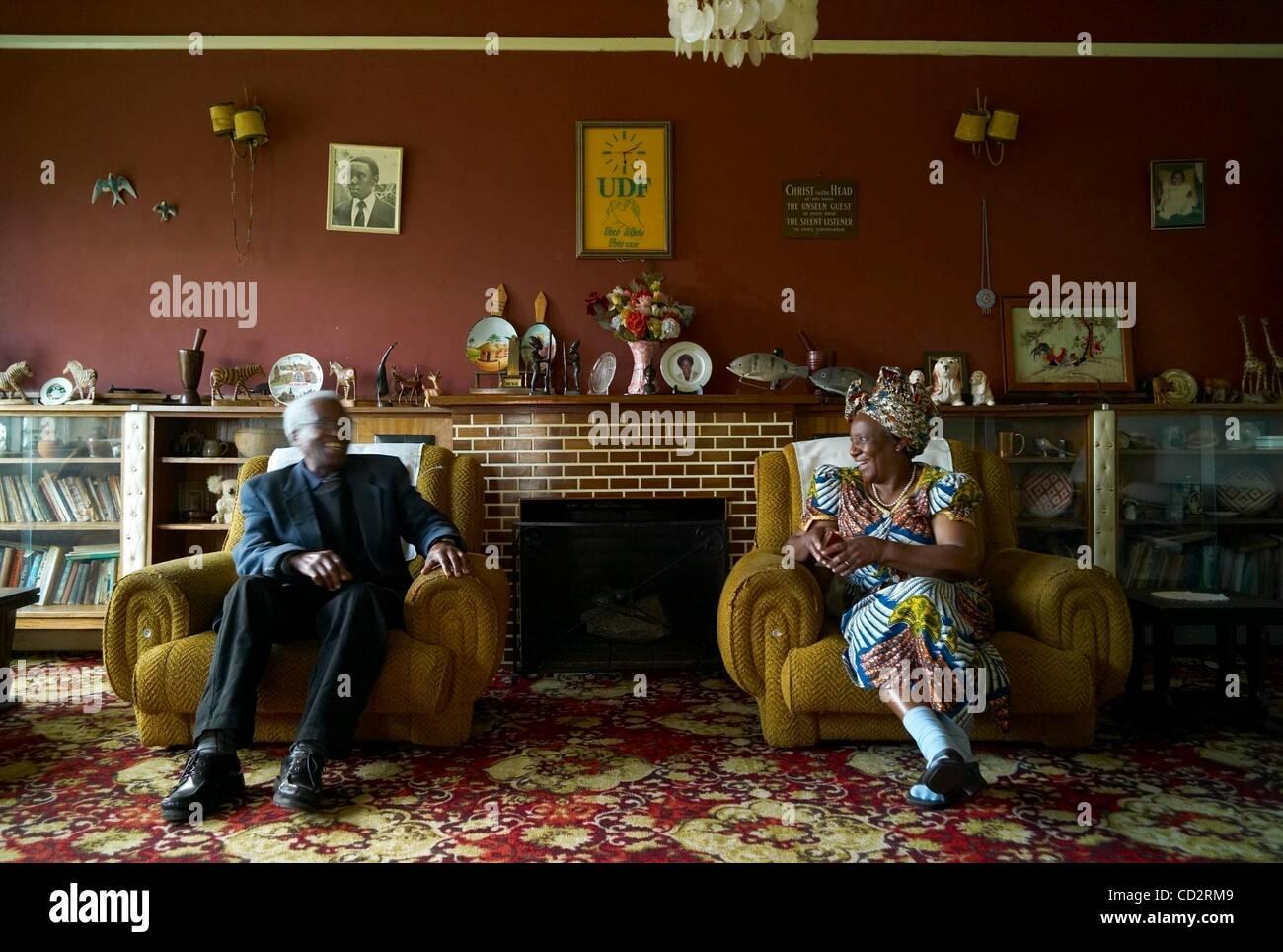Mar 19, 2008 - Lilongwe, Malawi - EDDA CHITALO and husband. Chitalo has vast experience in politics, having worked - Stock Image