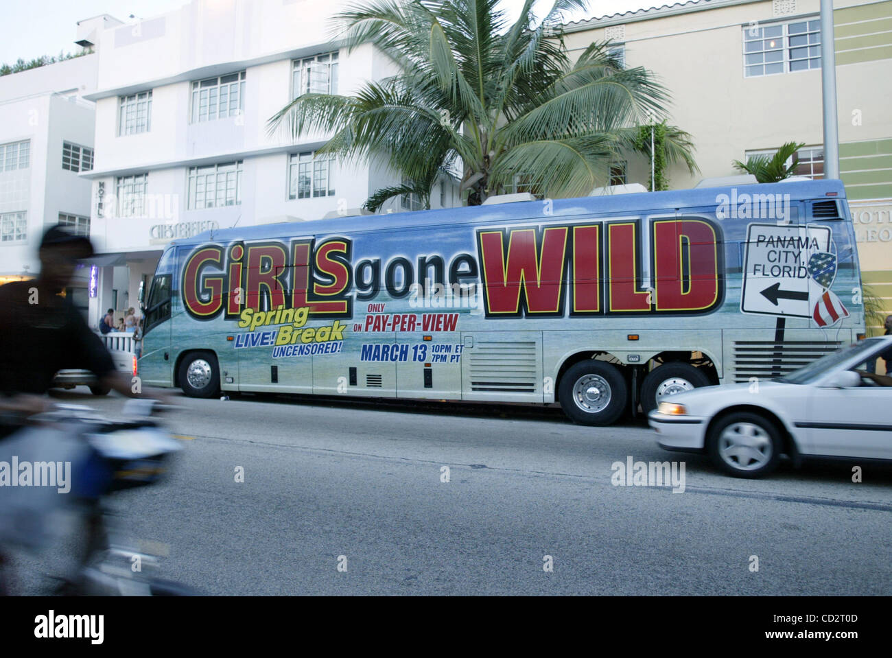 03122003 MIAMI Girls Gone Wild bus south beach RICHARD GRAULICH. - Stock  Image