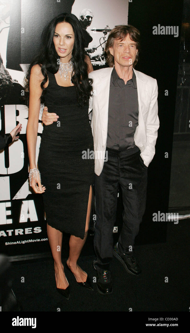 Mar 30, 2008 - New York, NY, USA - L'WREN SCOTT and MICK JAGGER at the arrivals for the New York premiere of 'Shine Stock Photo