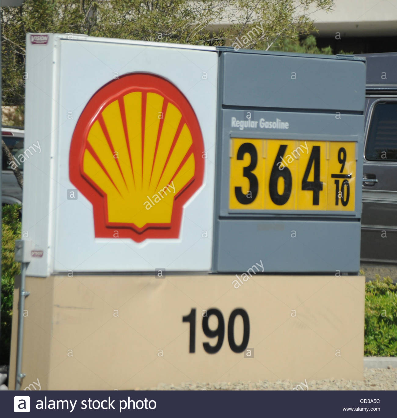 Las Vegas Gas Prices >> A Shell Gas Station Had The Highest Price For Regular Gas At 3 64 A