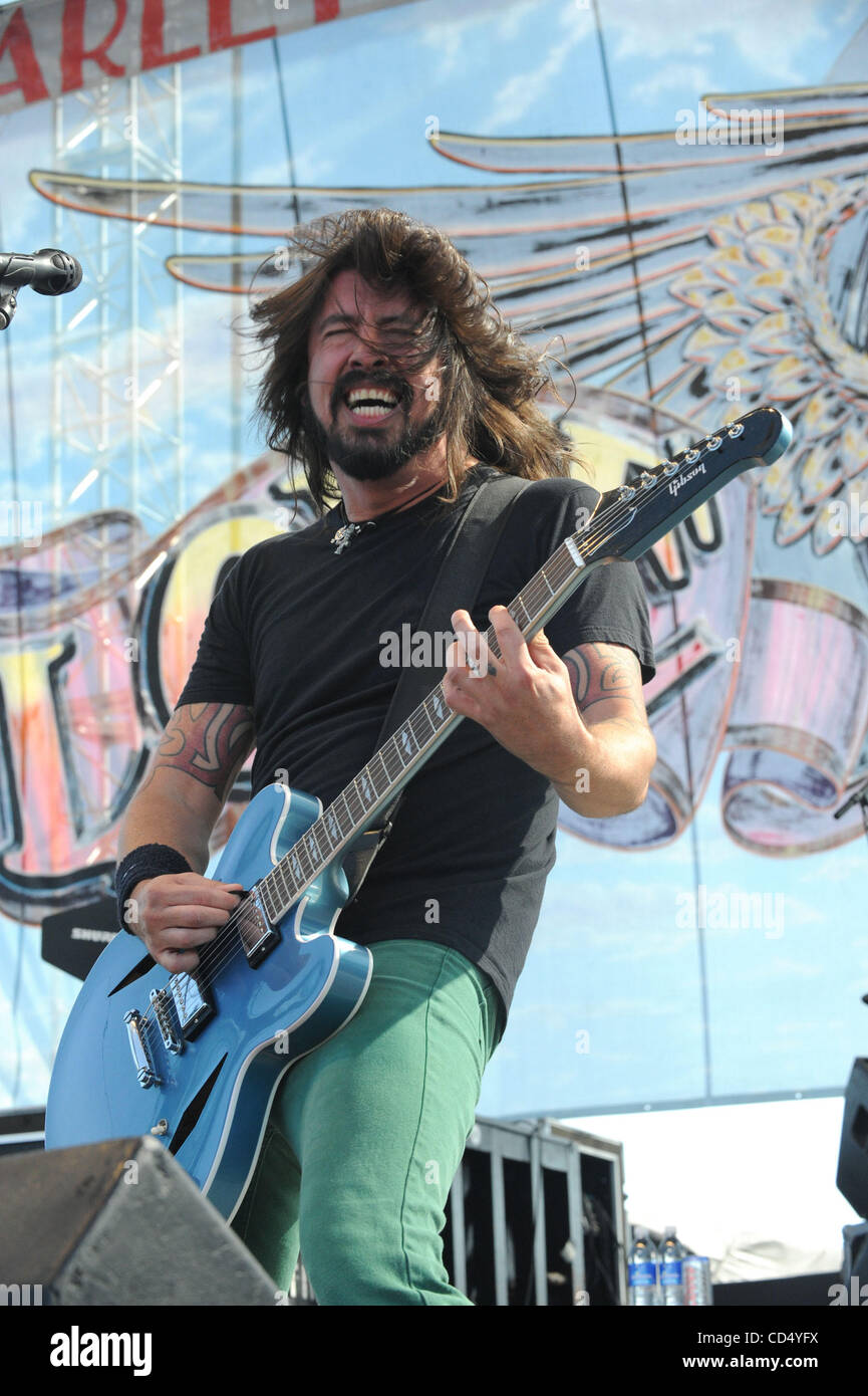 Oct 26, 2008-Pomona, California, USA-Musician DAVID GROHL of the Foo Fighters on stage at Love Ride 25, Pomona Fairgrounds. - Stock Image