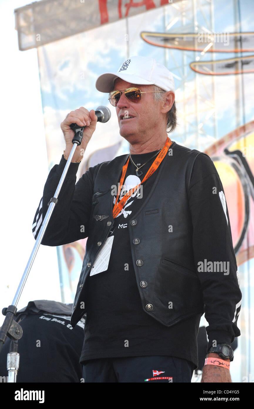 Oct 26, 2008-Pomona, Californa, USA-Actr PETER FONDA at Love Ride 25, Pomona Fairgrounds.  (Credit Image: cr  Scott - Stock Image