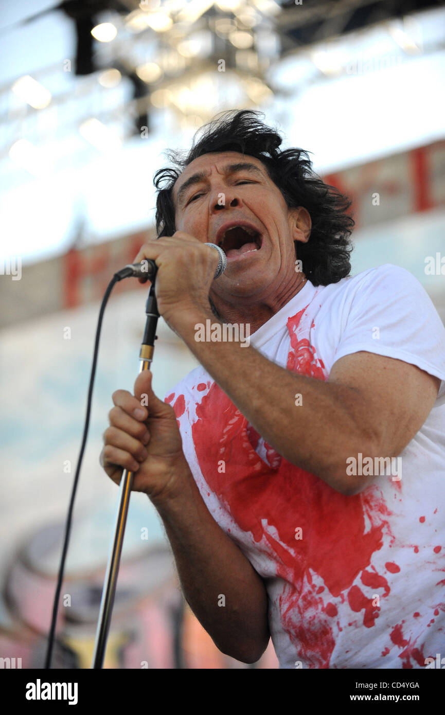 Oct 26, 2008-Pomona, California, USA-Musician FEE WAYBILL of The Tubes on stage at Love Ride 25, Pomona Fairgrounds. - Stock Image
