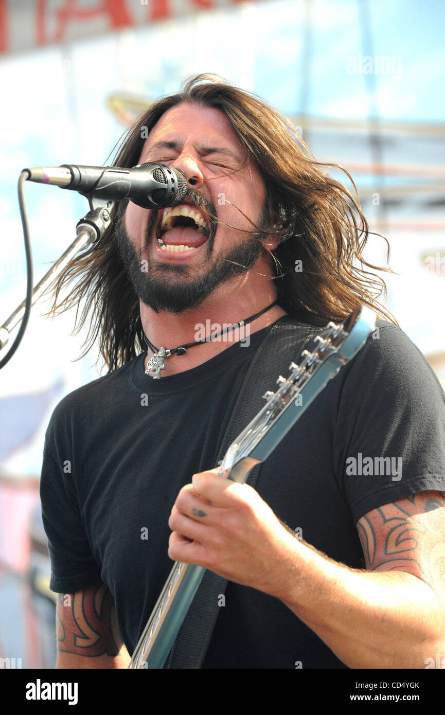 Oct 26, 2008-Pomona, California, USA-Musician DAVID GROHL of the Foo Fighters at the 2008 Love Ride 25 held at the - Stock Image
