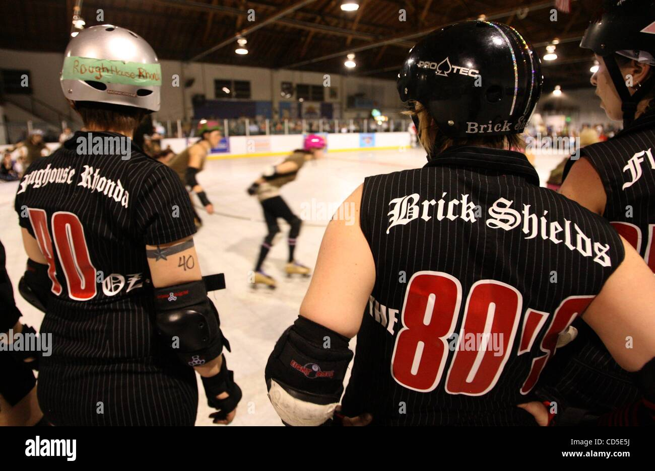 Oakland Outlaws Roundhouse Rhonda and Brick Shields check