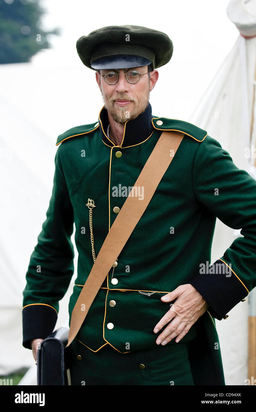 June 19, 2010 - Brussels, BXL, Belgium - Man dressed up as soldiers during re-enactment of  the 1815 Battle of Waterloo - Stock Image
