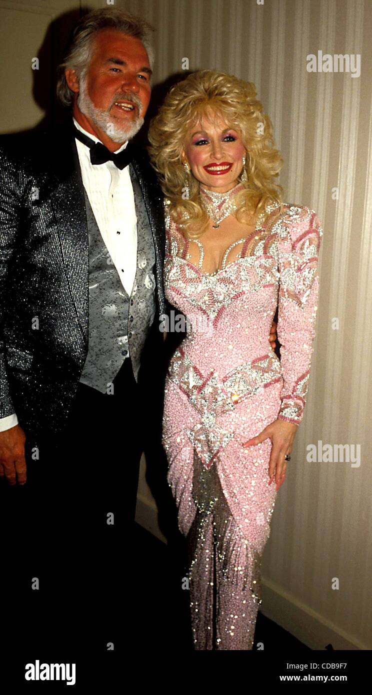 Kenny Rogers Dolly Parton Stock Photos & Kenny Rogers Dolly Parton ...