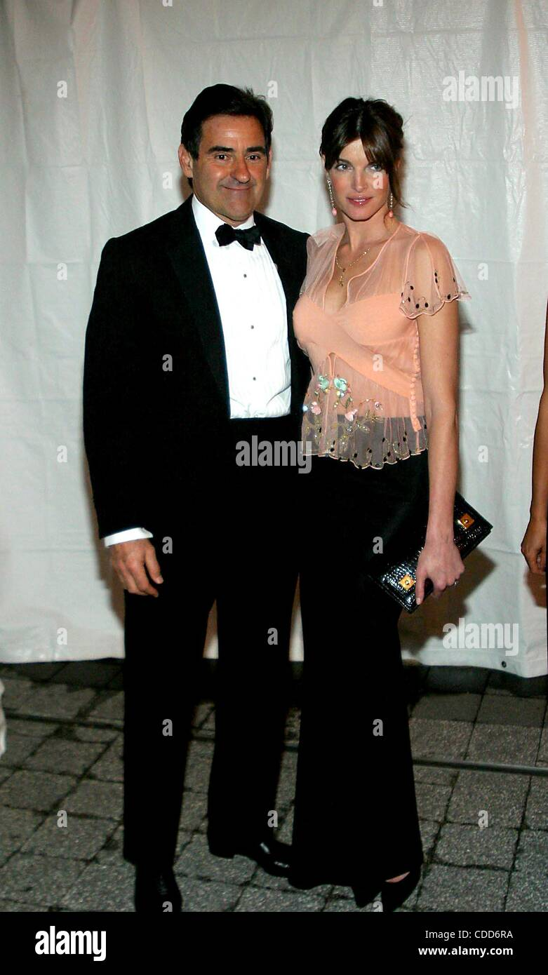 Jan. 1, 2011 - New York, New York, U.S. - PETER GRANT AND STEPHANIE SEYMOUR.K30436RM.THE AMERICAN BALLET THEATRE - Stock Image
