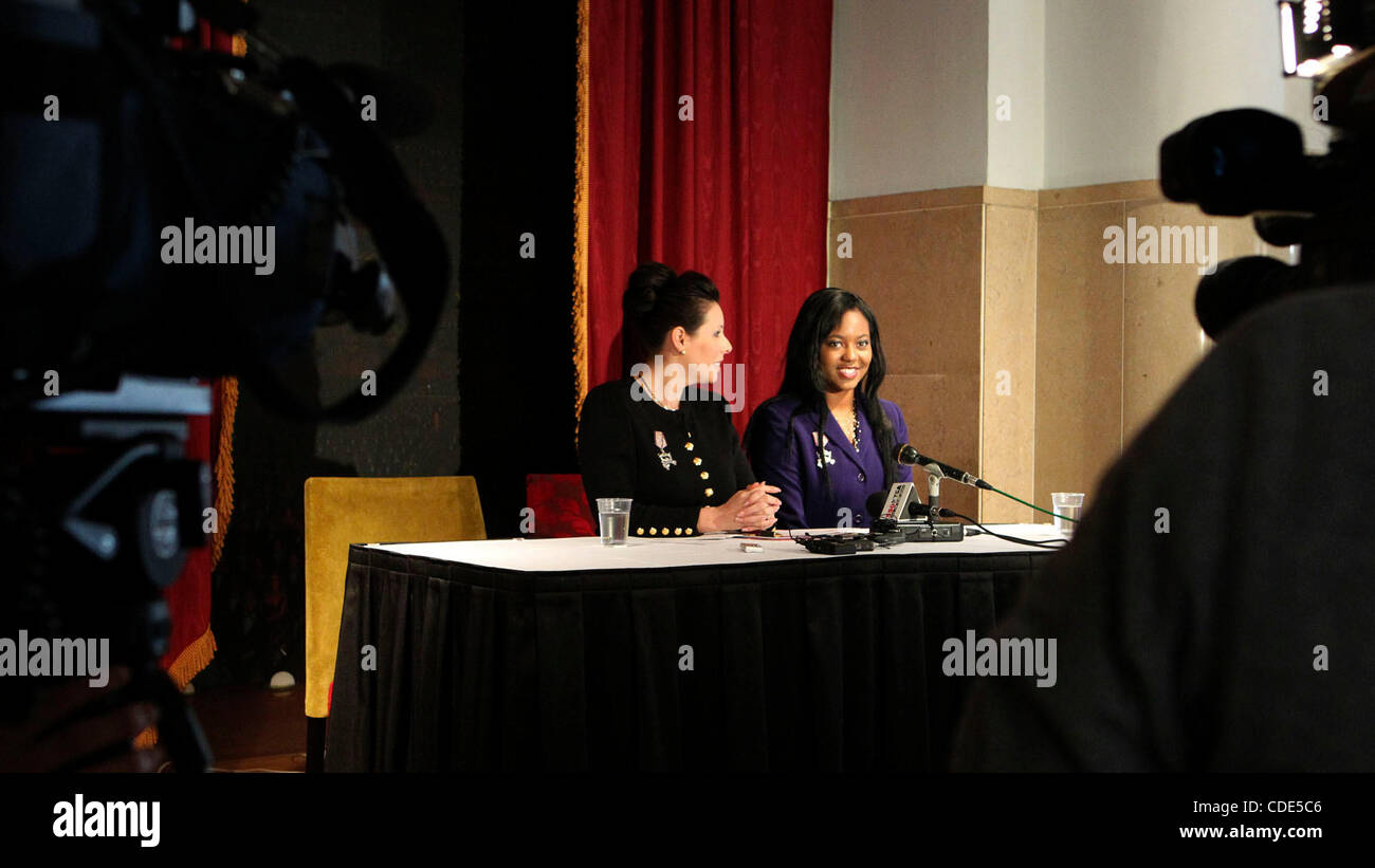Ashley Dixon,21, (right) listens at a news conference held Wednesday February 9, 2010. The Miss San Antonio Organization - Stock Image