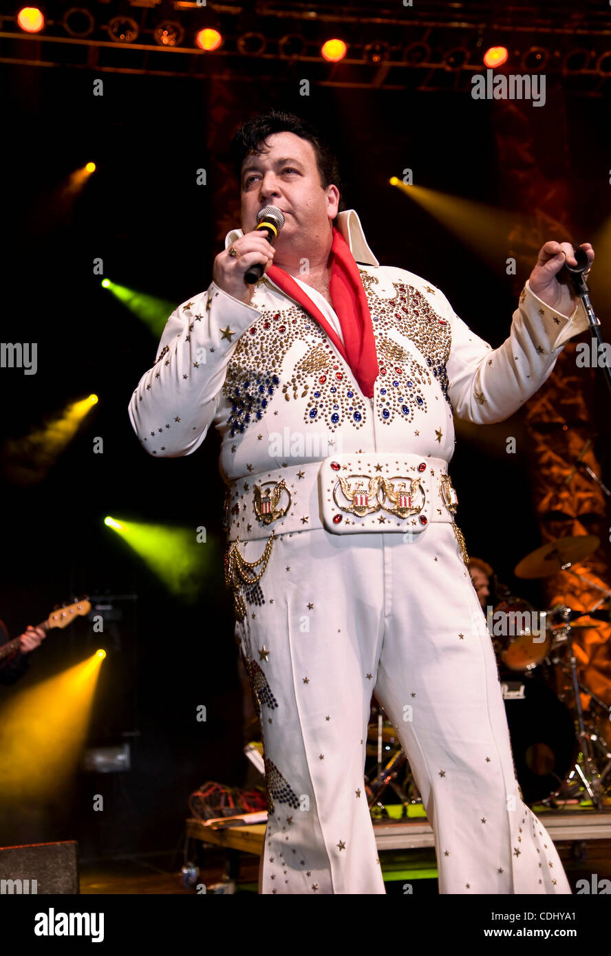 Feb.12, 2011 - Tampa, Florida, USA - GREG RINI, of Chicago, Illinois, singing 'If I Can Dream' at the 2011 - Stock Image