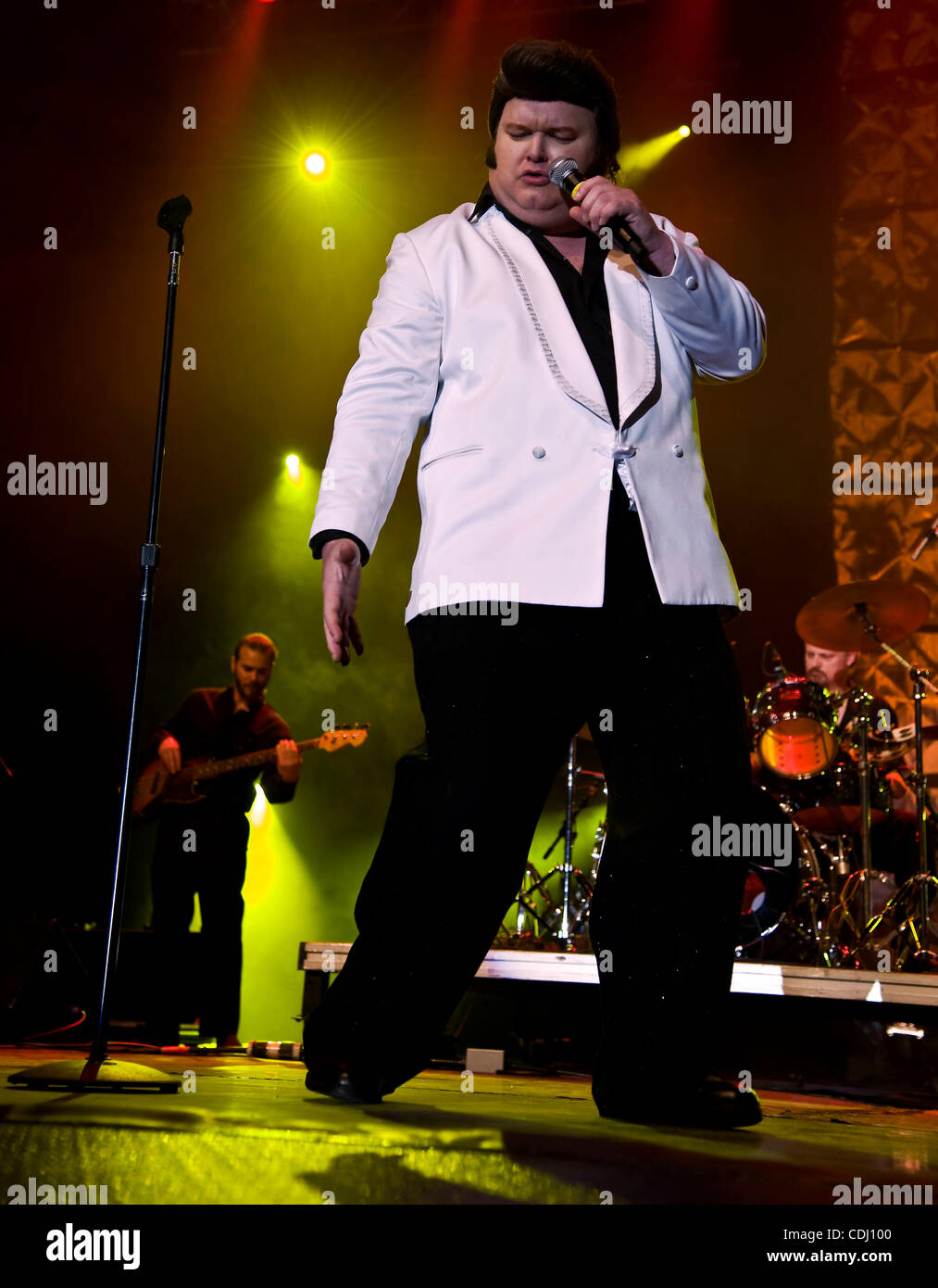Feb.13, 2011 - Tampa, Florida, USA - RANDY LOVE, from Chicago, Illinois, sings 'Little Sister' at the 2011 - Stock Image