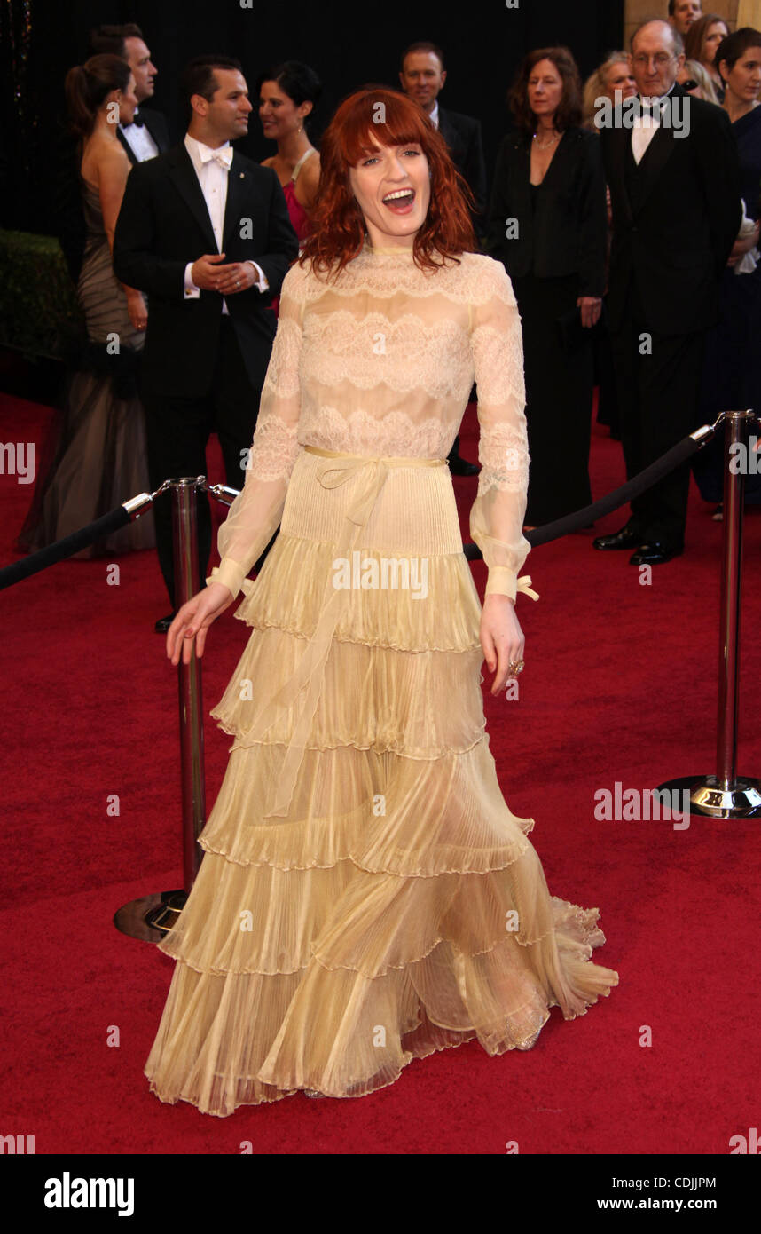 49805b0b61e30 27, 2011 - Hollywood, California, U.S. - Singer FLORENCE WELCH wearing a  Valentino Couture dress with Lorraine Schwartz jewelry on the Oscar red  carpet at ...