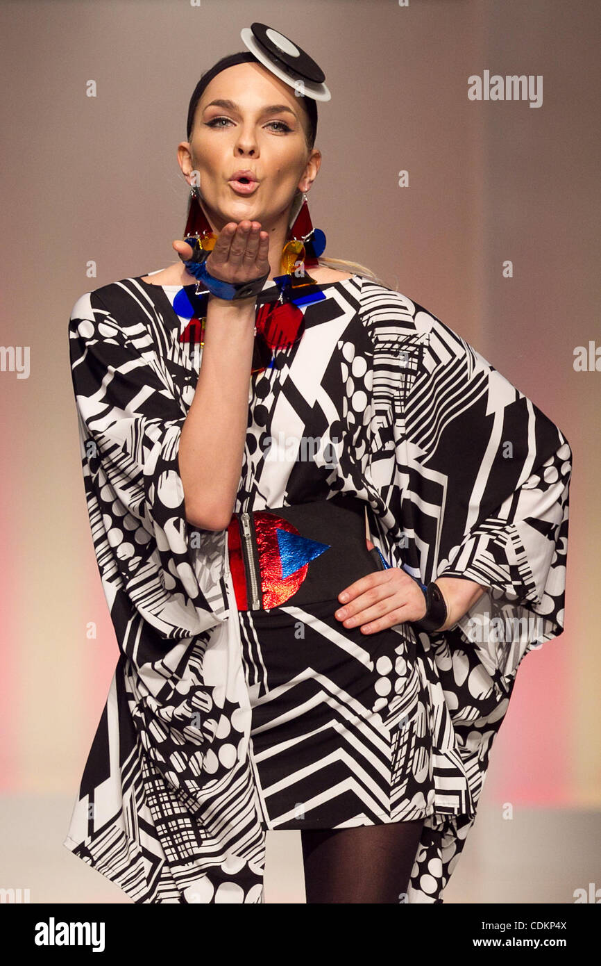 Mar 23 2011 Palm Desert California U S Denver Based Fashion Stock Photo Alamy