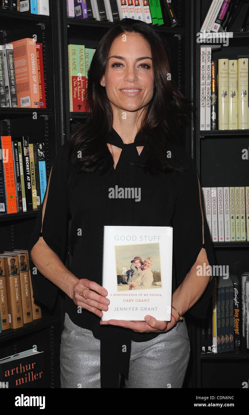 May 5, 2011 - Hollywood, California, U.S. - Jennifer Grant Signs Her Book ''Good Stuff: A Reminiscence of - Stock Image