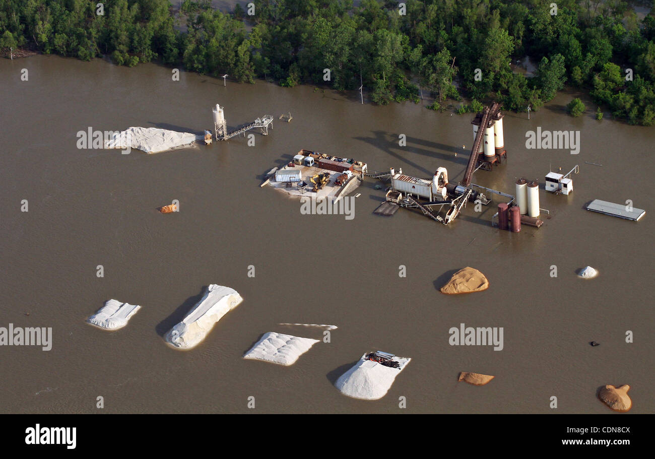 May 10, 2011 - Tunica, Mississippi, U S  - Anfacility flooded by the