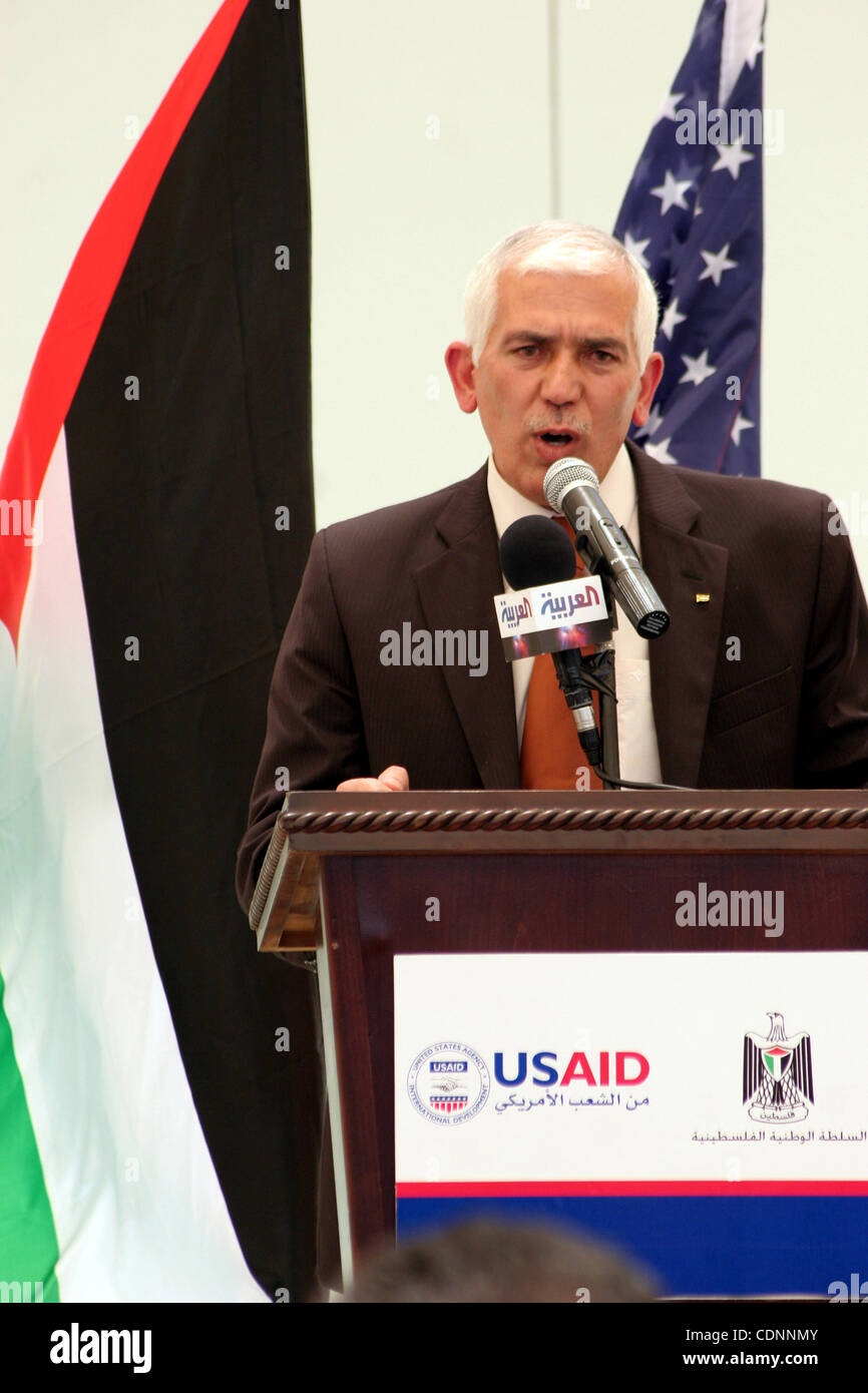 Kamel Hmed, a Governor of Hebron delivers speech during the inauguration ceremony for well stations rehabilitation - Stock Image