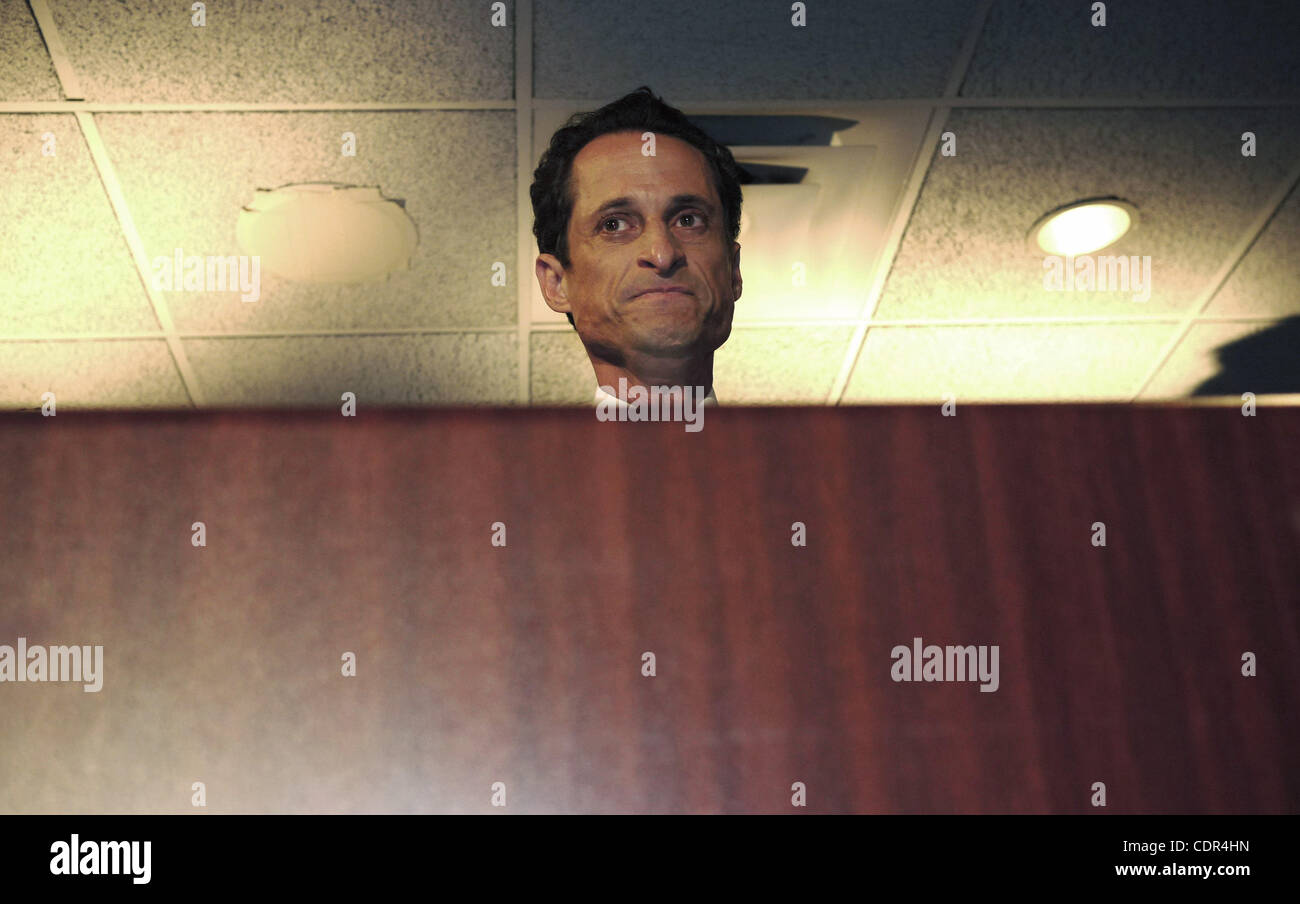 June 6, 2011 - New York, New York, U.S. - In an emotional press conference, a contrite Rep. ANTHONY WEINER admitted - Stock Image
