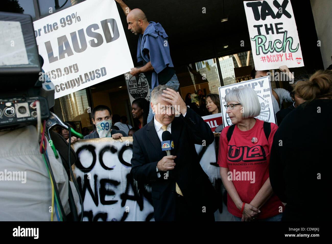 Oct. 18, 2011 - Los Angeles, California, U.S - NBC LA reporter Conan Nolan at a protest by parents, teachers and - Stock Image