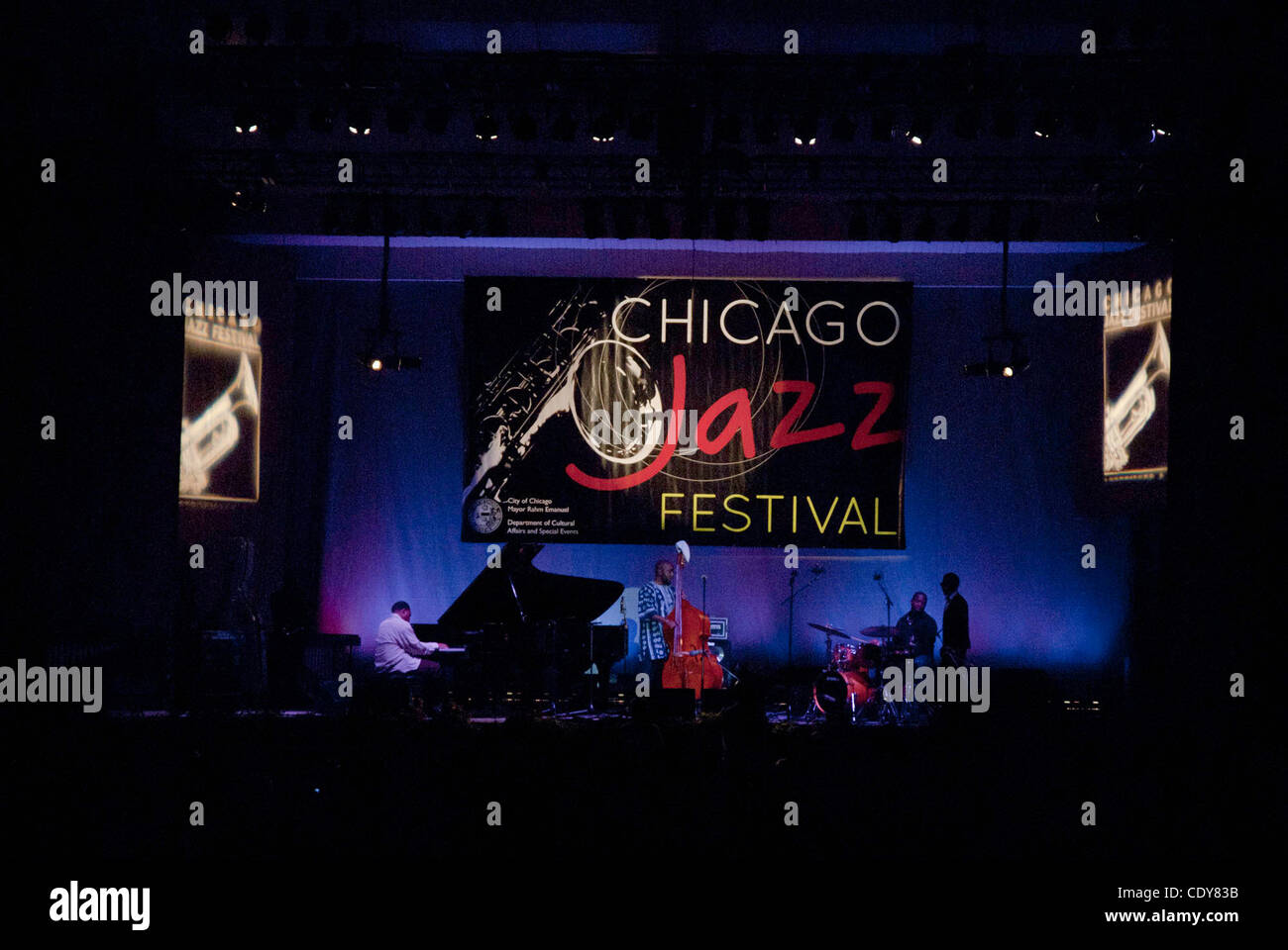 Four days of music gets Chicago in the groove during the popular free jazz music series. - Stock Image