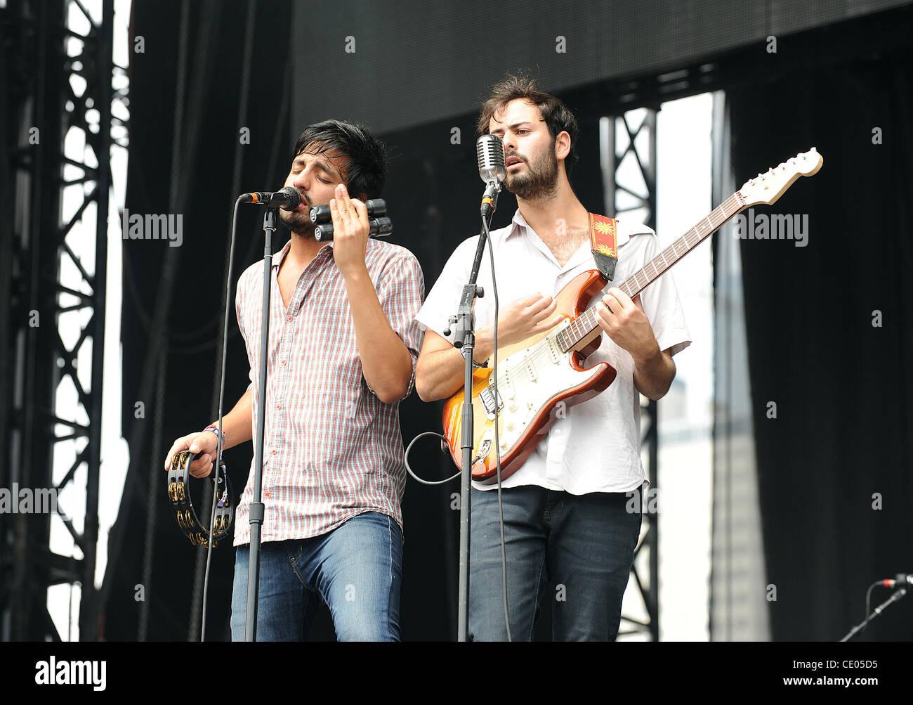 Aug 5, 2011 - Chicago, Illinois; USA - Singer SAMEER GADHIA and Guitarist ERIC CANNATA of the band Young The Giant - Stock Image