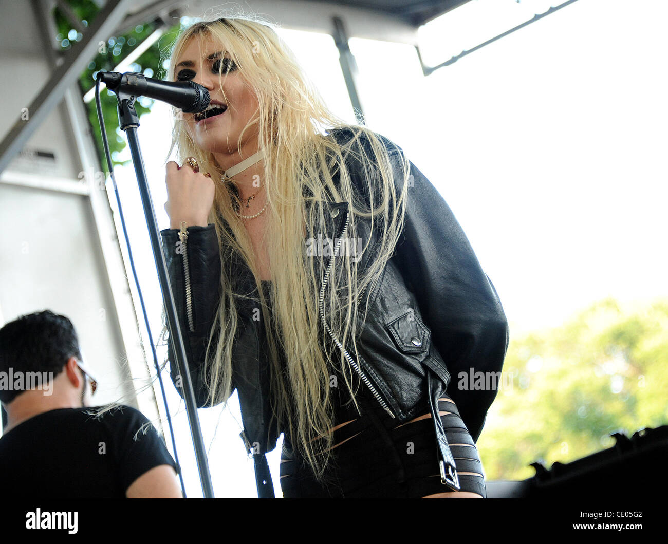 Aug 6, 2011 - Chicago, Illinois; USA - Singer TAYLOR MOMSEN of the band The Pretty Reckless performs live as part - Stock Image